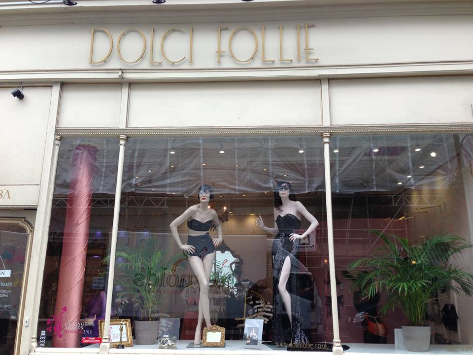dolci follie window