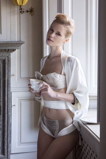 Butterfly Kimono (silk satin stretch color ivory) 250BIM - Lynn Bra and Knickers (mesh, silk shantung and mesh)