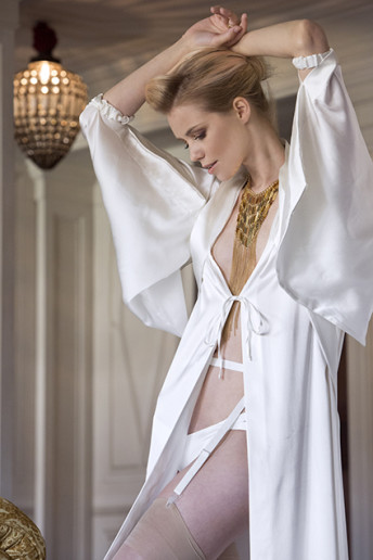 Butterfly Long Kimono and Strap Briefs 260BIM + 360A (silk sain stretch color ivory)