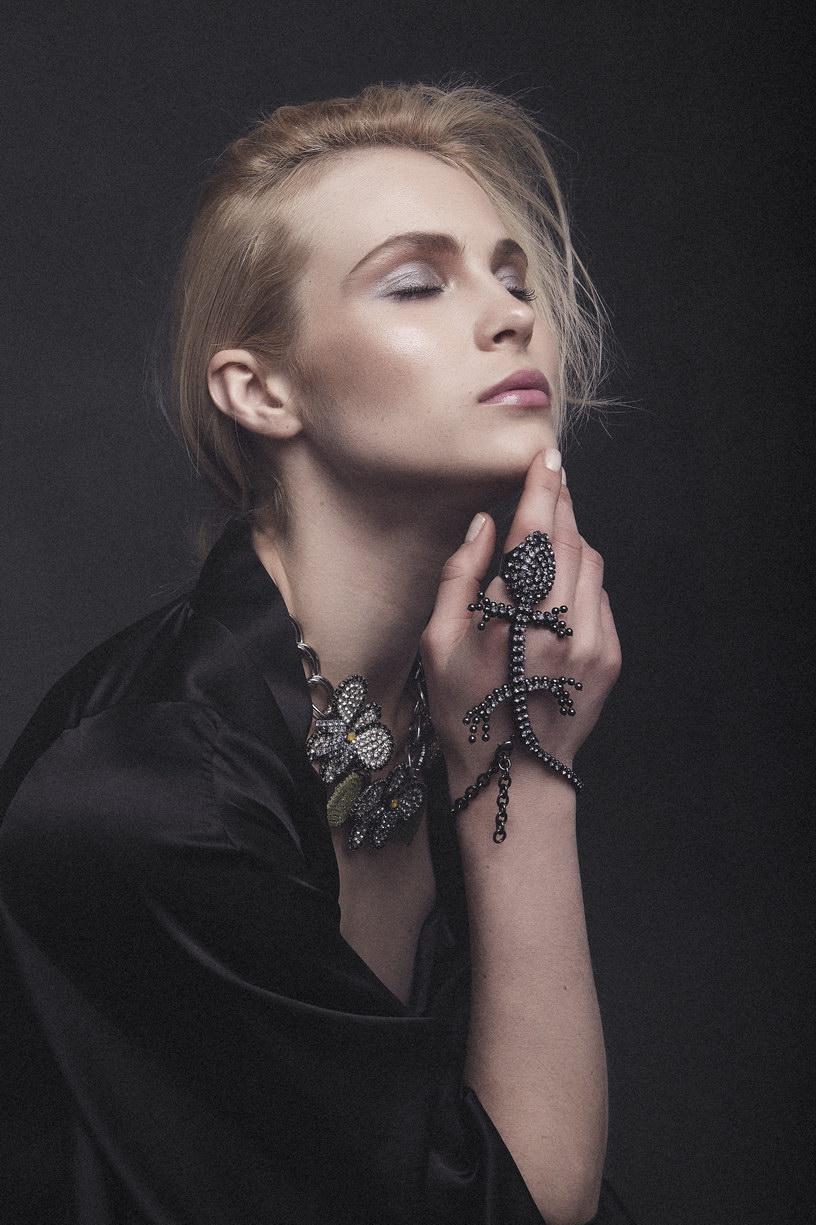 Jewels Vittorio Ceccoli - Nightgown Ikonostas